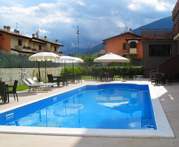 Hotel in montagna con piscina a castel di sanggro in - Hotel con piscina abruzzo ...