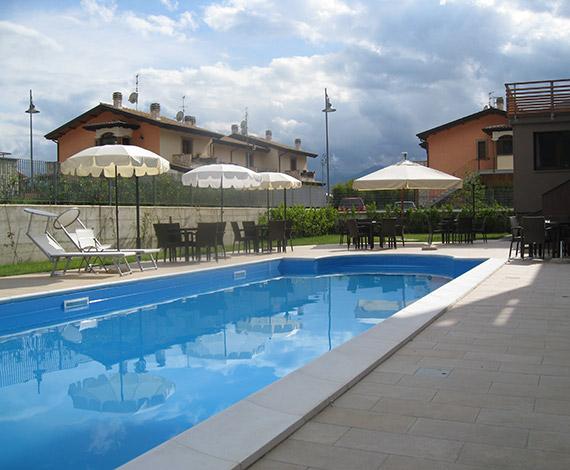 Hotel in montagna con piscina a castel di sanggro in abruzzo hotel natura - Hotel in montagna con piscina ...
